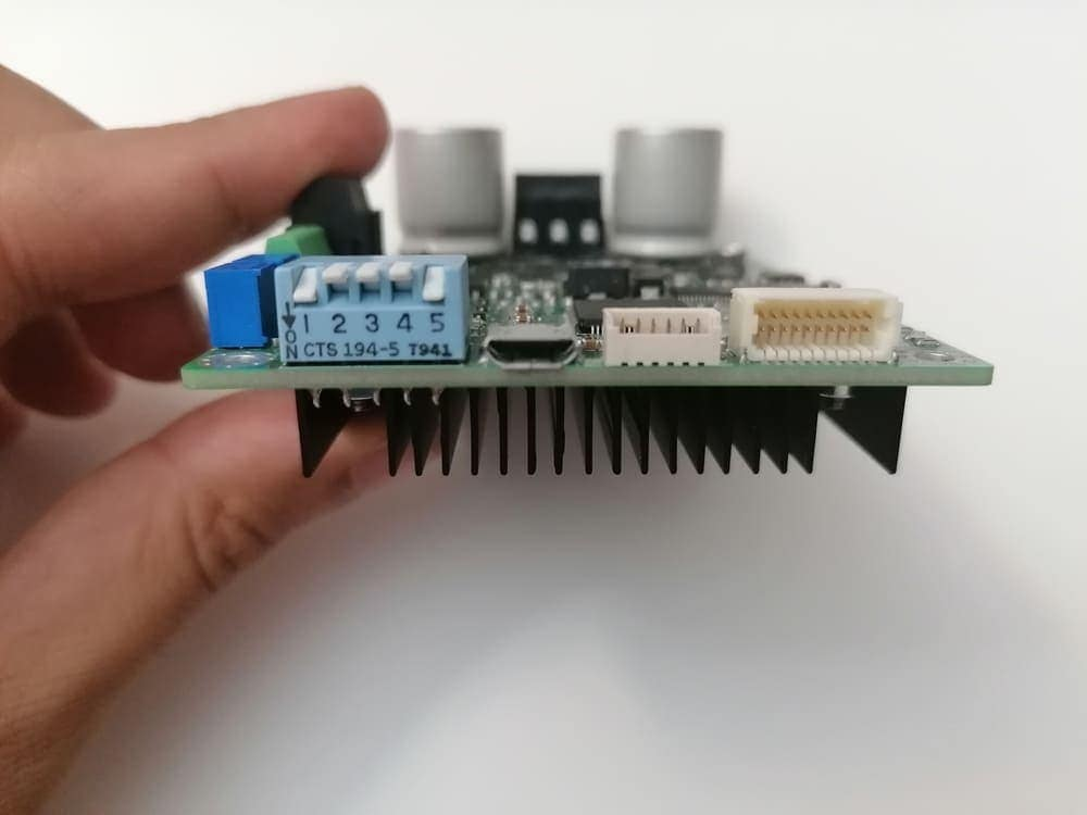 Speed and Torque Control of a Brushless Motor with Hall sensors using Arduino and SOLO [+ Arduino Code] 3